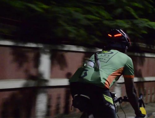 Real Time Experience –  Customer trying Zakpro helmet, Urban series